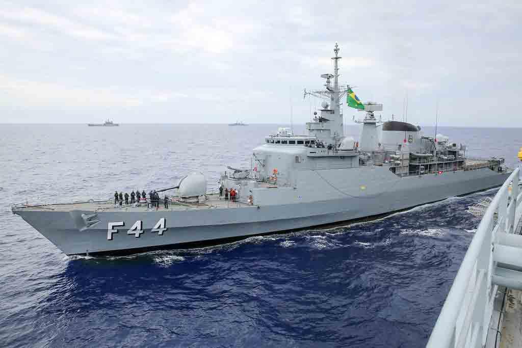 Fragata Independência do Brasil escapa de explosão por minutos
