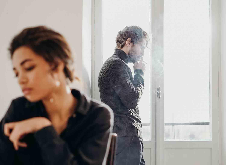 10 sinais de que seu parceiro não te ama (como você gosta dele). Foto: pexel