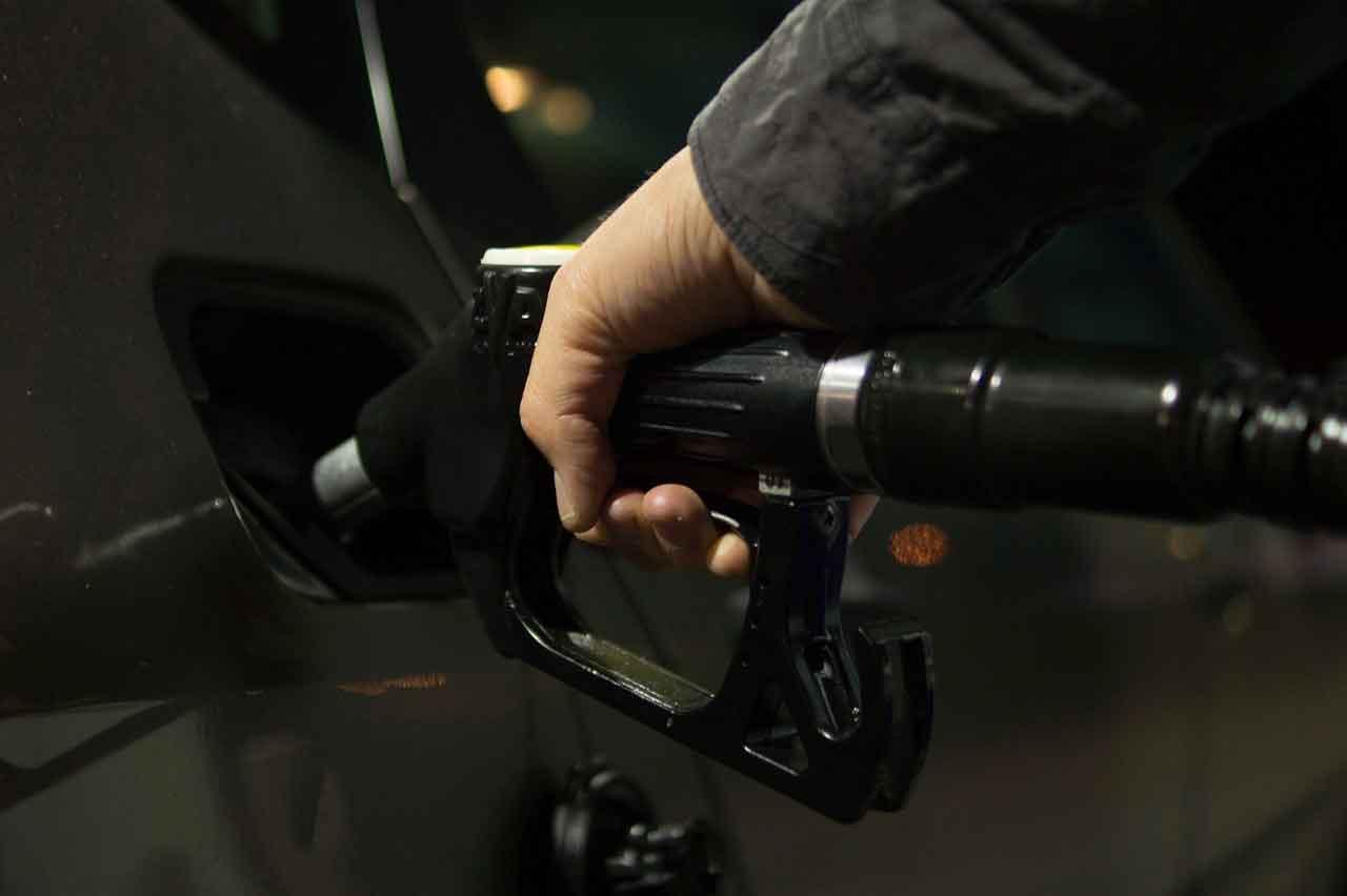 Preços de gasolina e diesel serão reduzidos a partir de amanhã (27). Foto: Pixabay