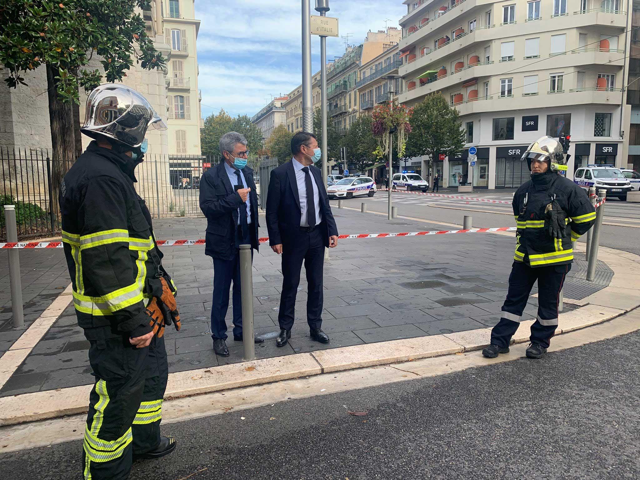 Esfaqueamento no interior de uma igreja deixa três mortos, em Nice. Foto: Reprodução Twitter
