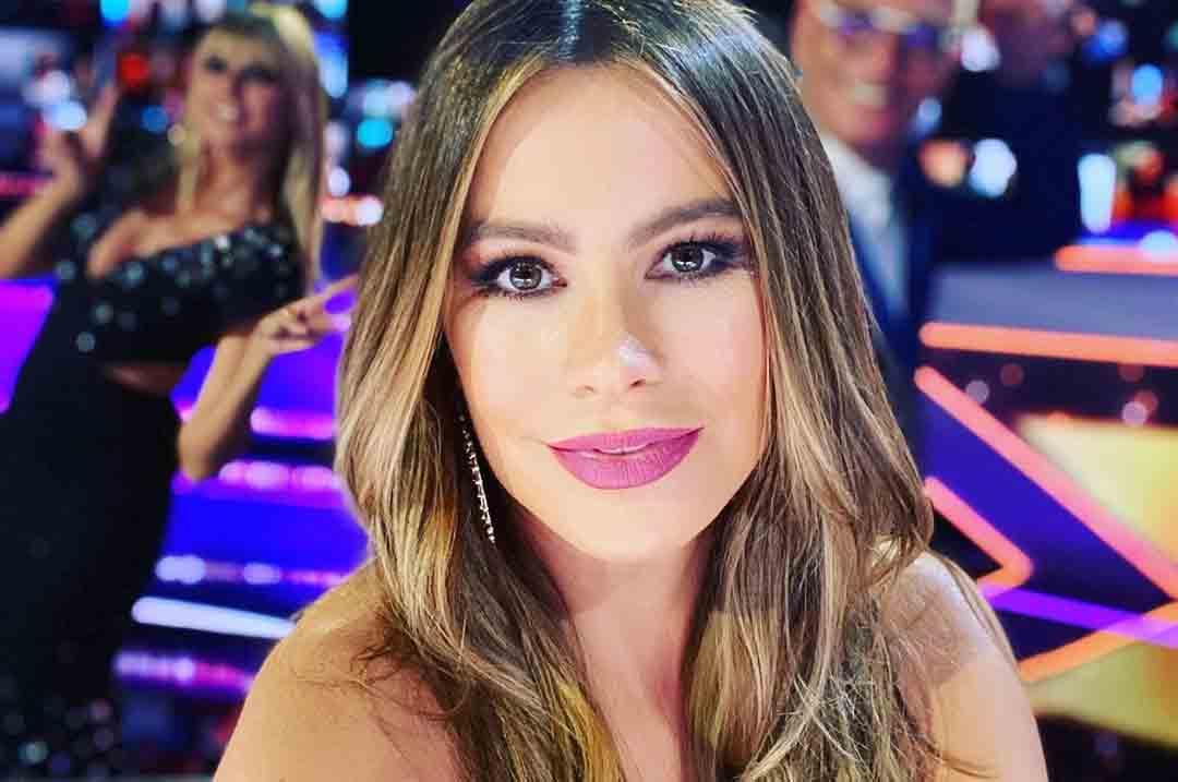 """A atriz Sofía Vergara , estrela da série """"Modern Family"""", liderou o ranking das agtrizes mais nem pagas. Foto: Reprodução Instagram"""