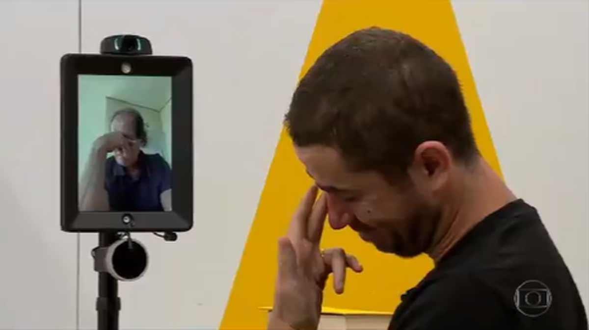 Felipe Andreoli faz homenagem emocionante após Muricy anúnciar sua saída. Foto: reprodução Twitter
