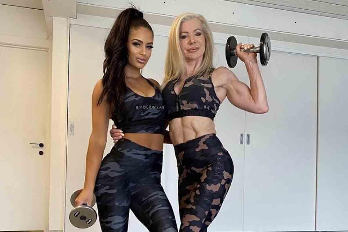 """Vovó fitness posta foto com a neta e seguidores questionam: """"Quem é quem?"""". Foto: Reprodução Instagram"""