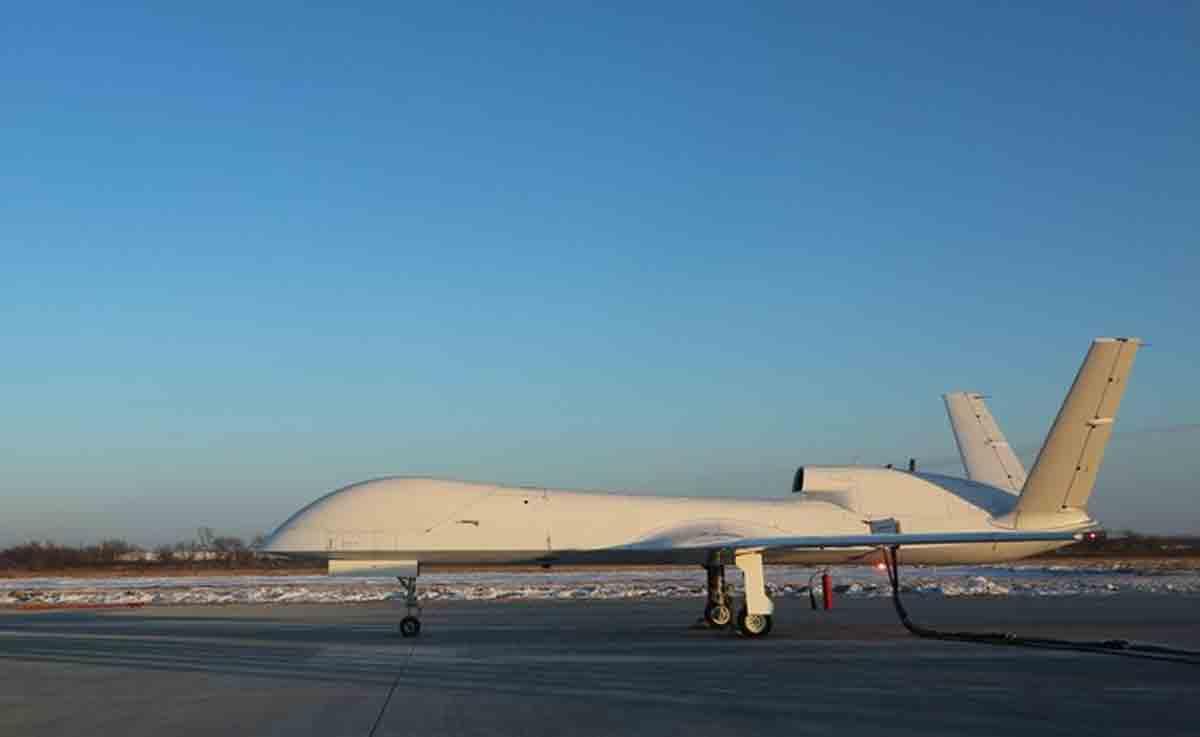 Foto tirada em 11 de janeiro de 2021 mostra um UAV WJ-700 em um aeroporto no nordeste da China. Foto : China Aerospace Science and Industry Corporation