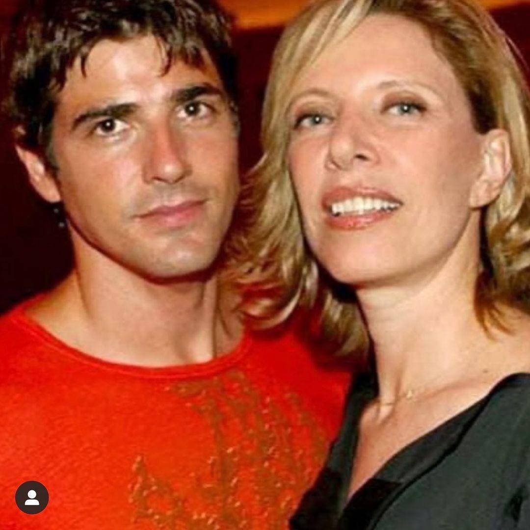 Reynaldo Gianecchini conheceu Marília Gabriela em 1998, e cinco meses depois foi morar junto com a jornalista. O casal preferia ser mais reservado sobre a relação em entrevistas, já que a diferença de idade entre eles sempre chamou a atenção (a apresentadora é 24 anos mais velha que o artista). Foto: reprodução Instagram