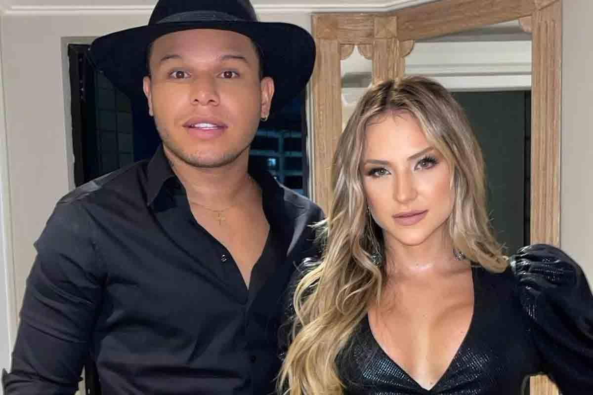 """Tierry e Gabi Martins revelam que são um casal que """"acorda transando"""" (Foto: Reprodução/Instagram)"""