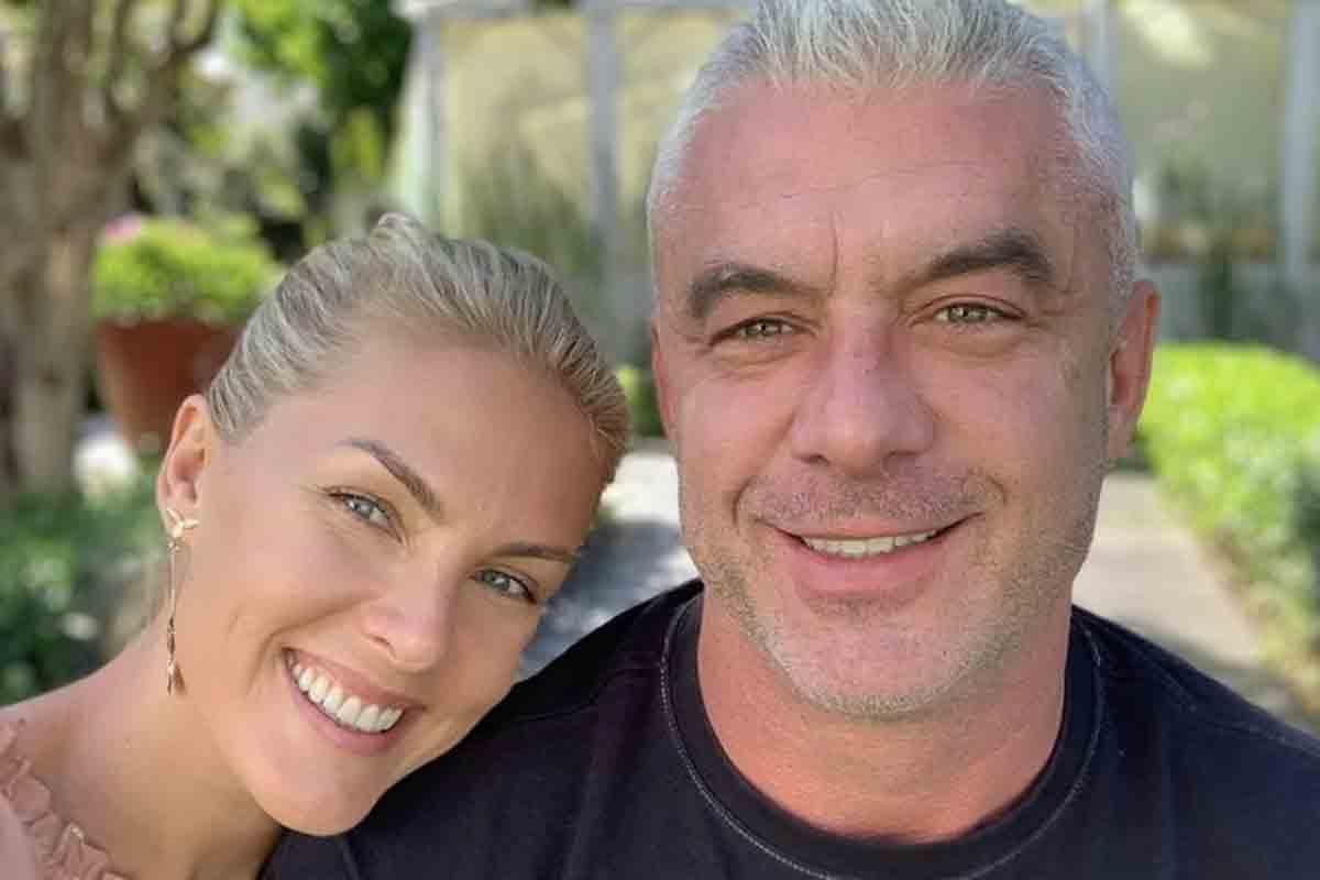"""Alexandre Correa, marido de Ana Hickmann, nega perfil em site de paquera: """"Fake"""" (Foto: Reprodução/Instagram)"""