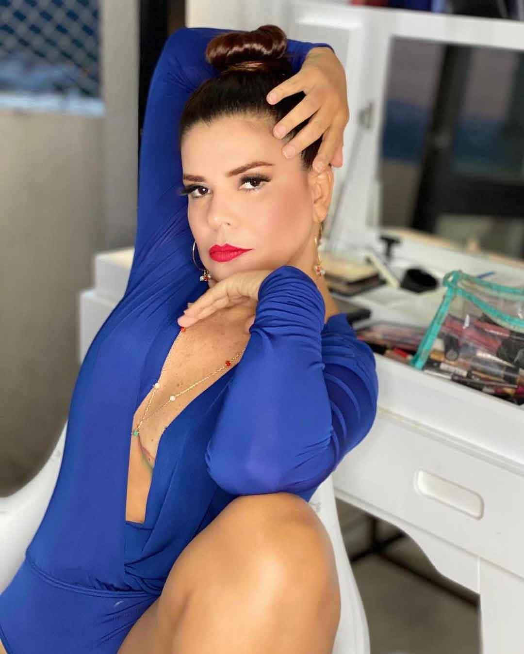 Mara Maravilha posa só de body sem sutiã e esbanja beleza . Foto: Reprodução Instagram