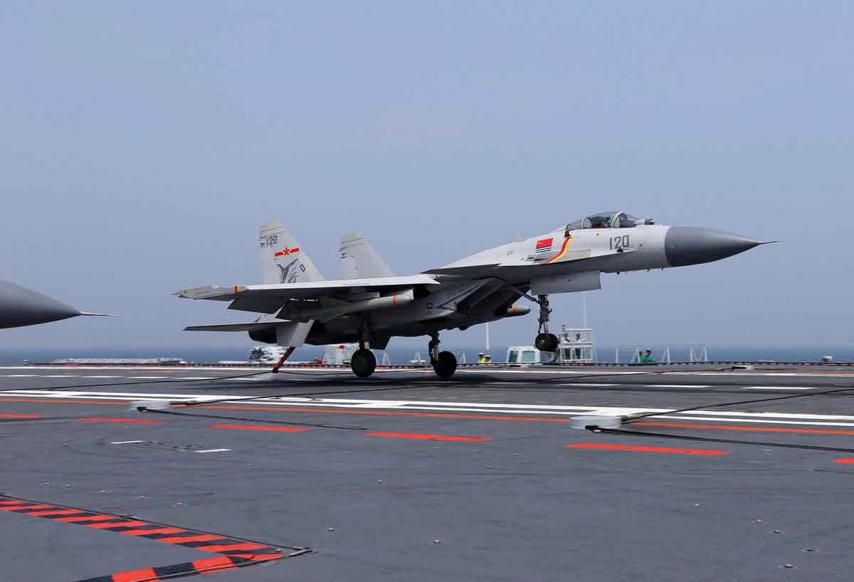 caça J-15. Foto: Reprodução Flikr