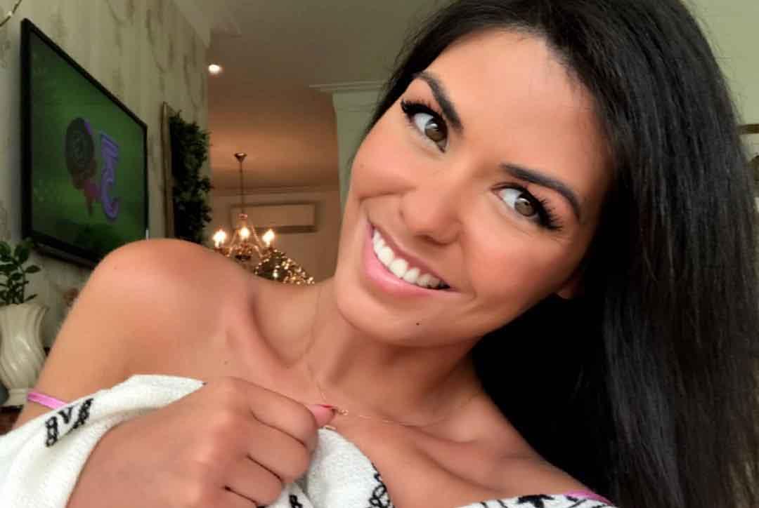 Graziela de Freitas Carvalho, ex-miss de 38 anos morre após complicações da Covid-19. Foto: Reprodução Instagram