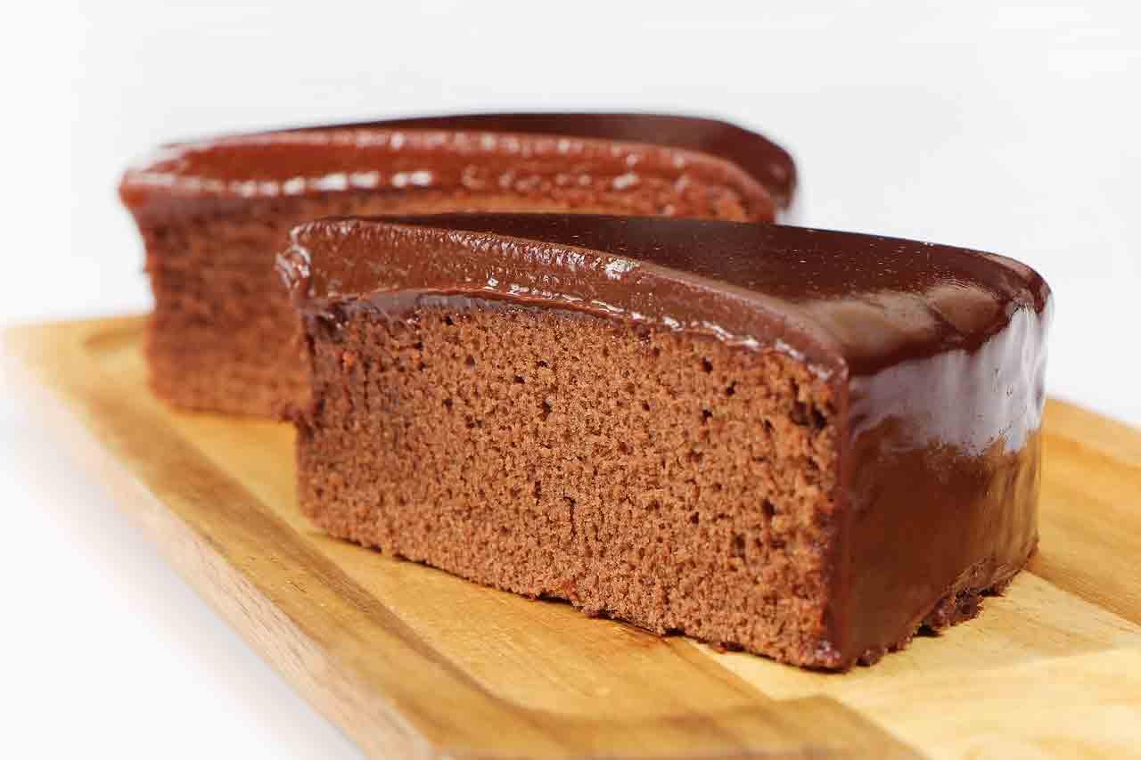 Receita fácil de Bolo de Chocolate de Liquidificador. Foto: Pixabay